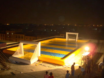 Trung Quốc Simple Hot Welding Soap Inflatable Soccer Field Fireproof And Water Proof nhà máy sản xuất