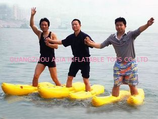 Trung Quốc Walking On The Water, Inflatable Water Shoe For Water Amusement nhà máy sản xuất