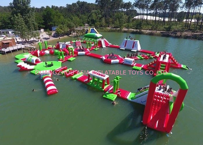 Red and Green Moving Inflatable Aqua Water Park For Sea Or lake nhà cung cấp