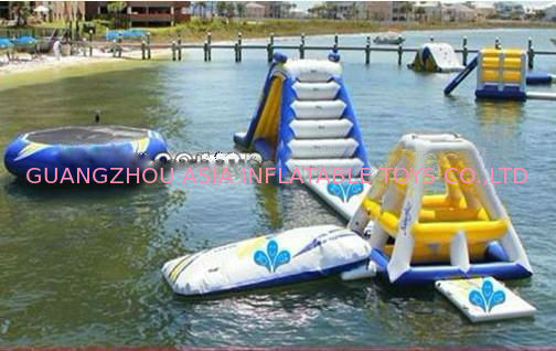 Giant Ocean Play Inflatable Water Park For Water Sports nhà cung cấp
